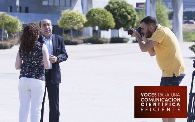 Voces: Santiago Romo Urroz