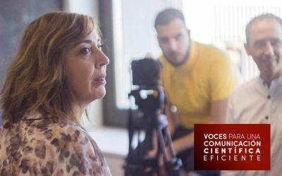 Voces: Almudena Agüero Prieto
