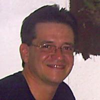 Carlos E. Albuquerque