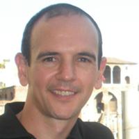 Iván Cantador