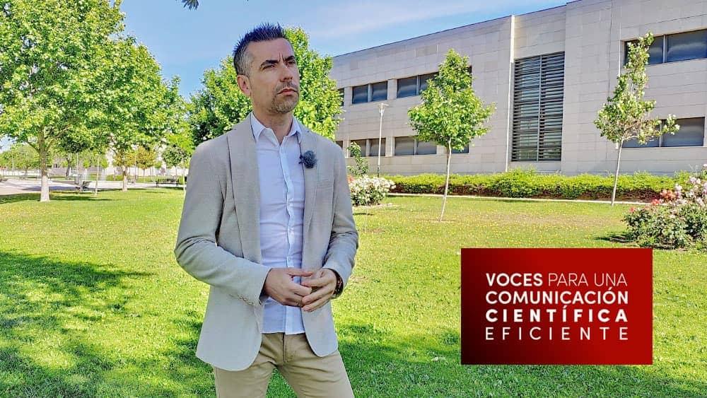 Sergio Marcuello siendo entrevistado